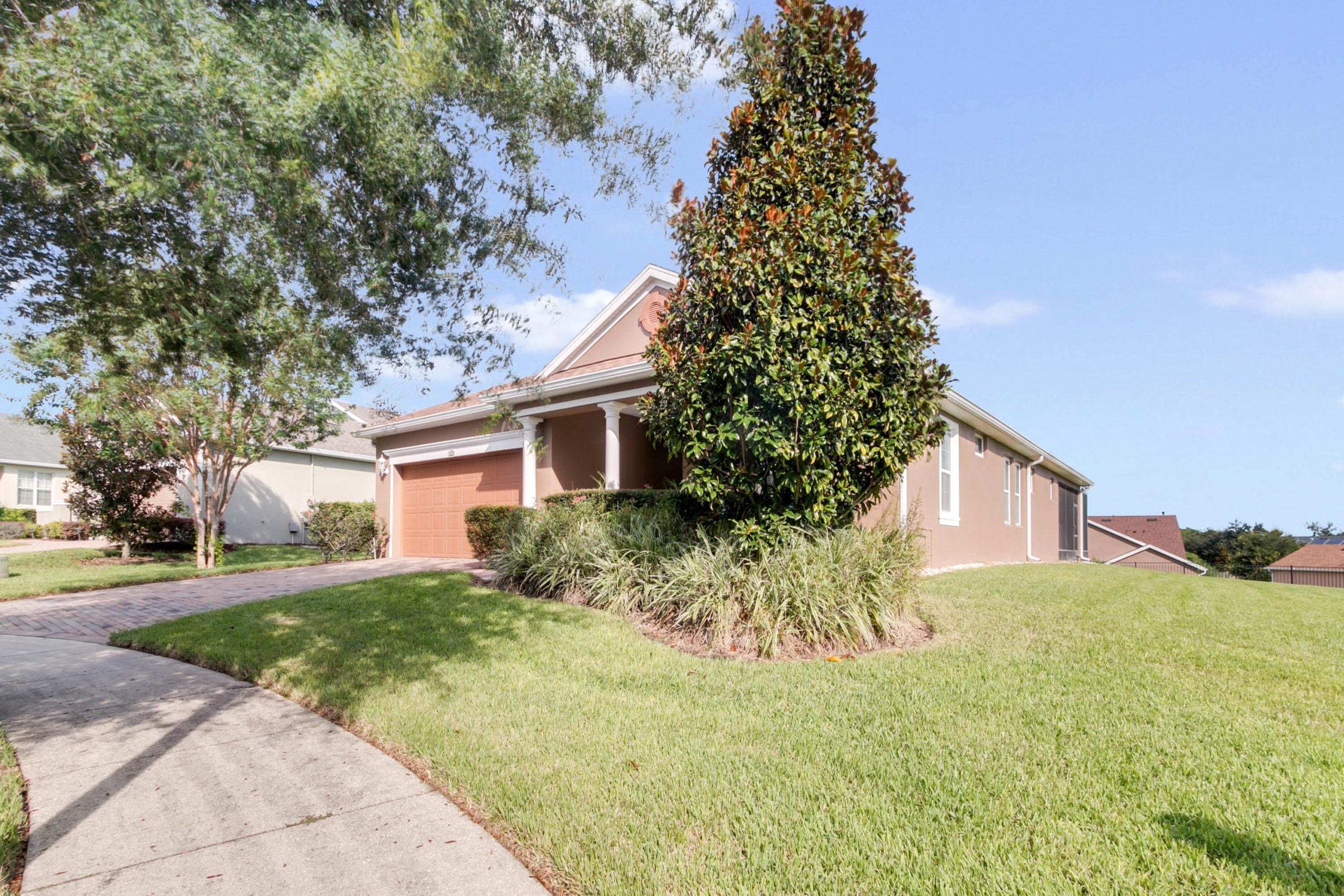 123 Cupania Court, Groveland, FL 34736