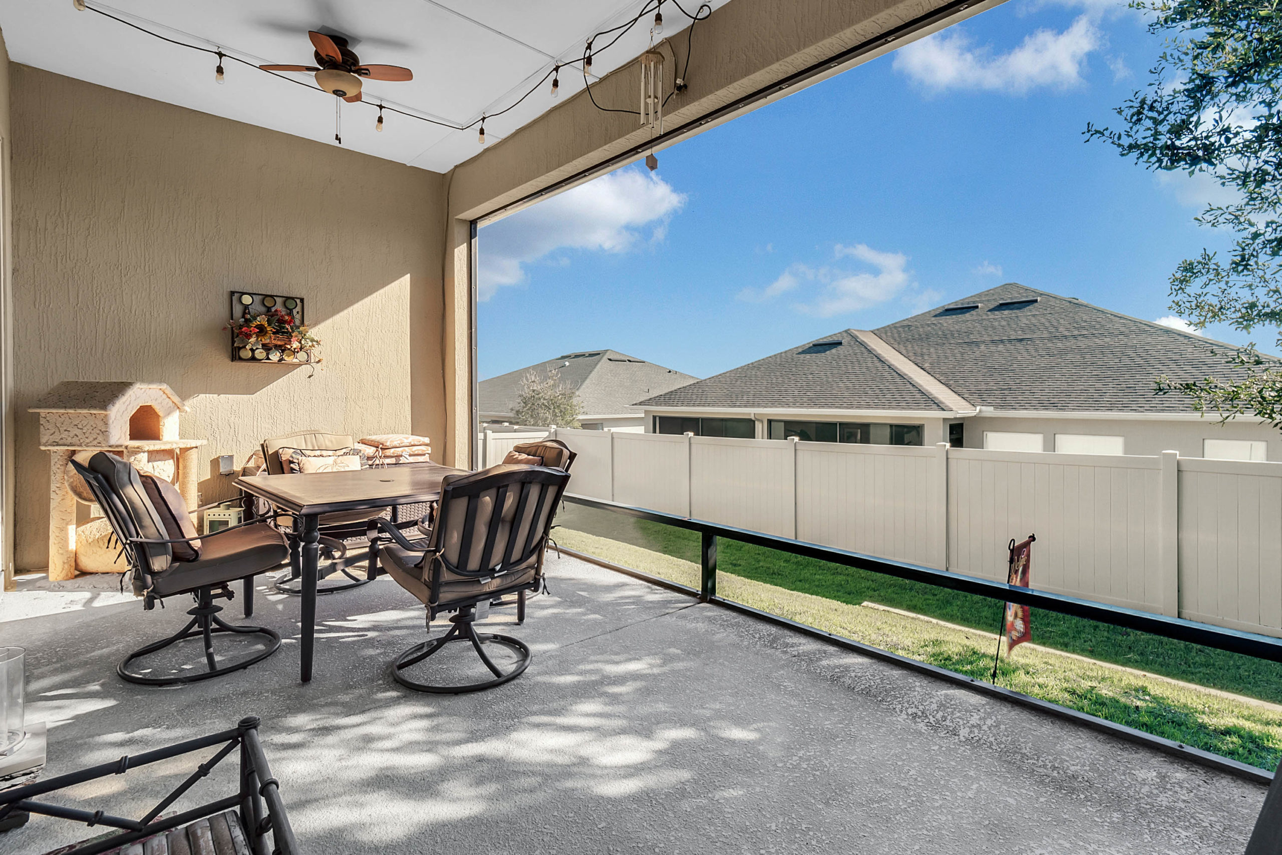 16751 Abbey Hill Ct, Clermont, FL 34711